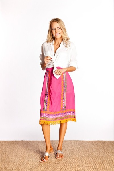 Naudic Dutchess Embroidery Hibiscus Skirt