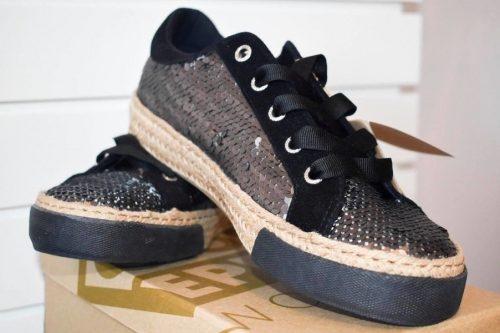 Halia Sneakers